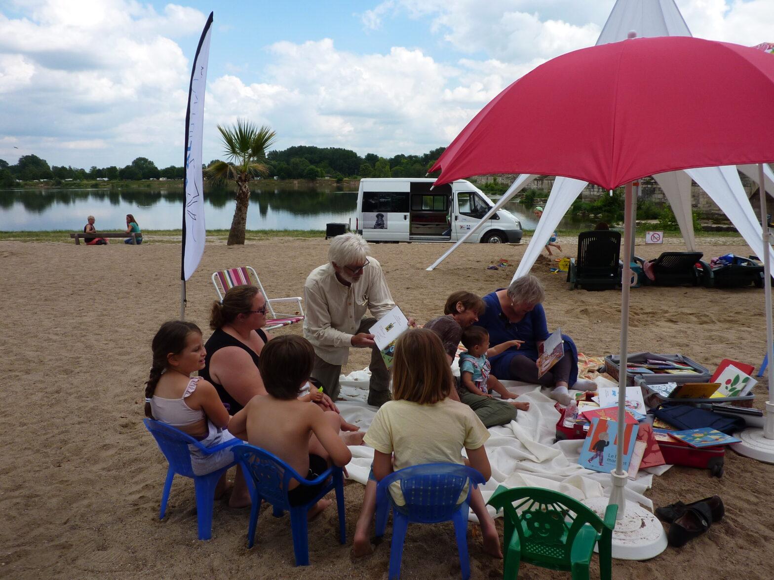 Cet été, des lectures à la plage de Beaugency